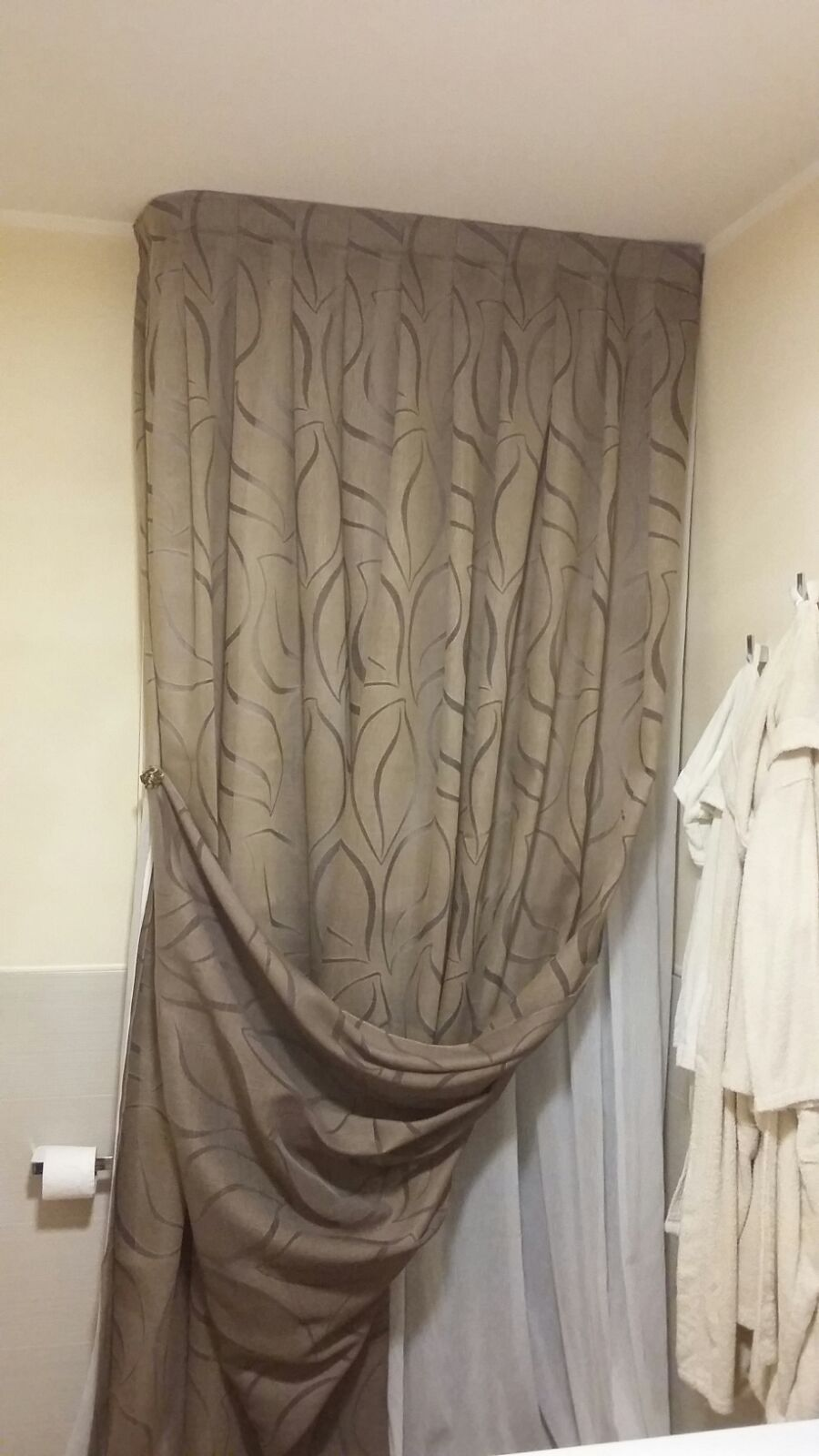 Tenda da bagno a Ravenna - Inside Siroli | Tende, tendaggi e pergole ...
